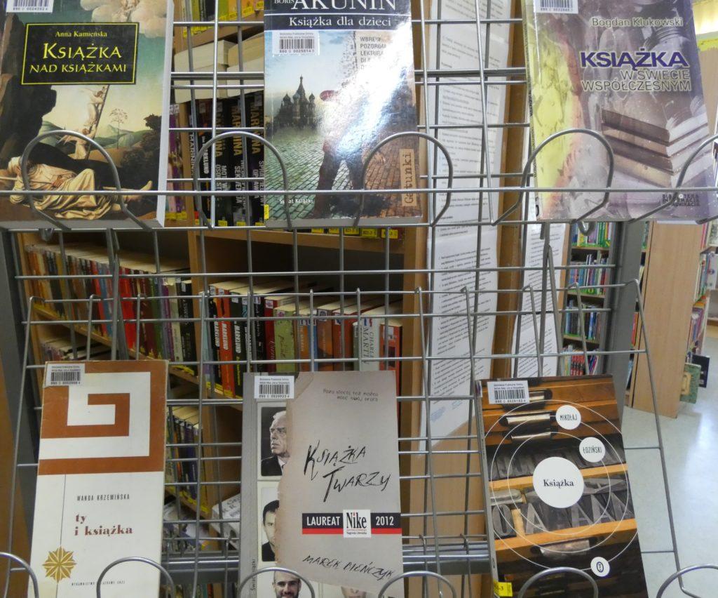 Wystawka książek o książkach